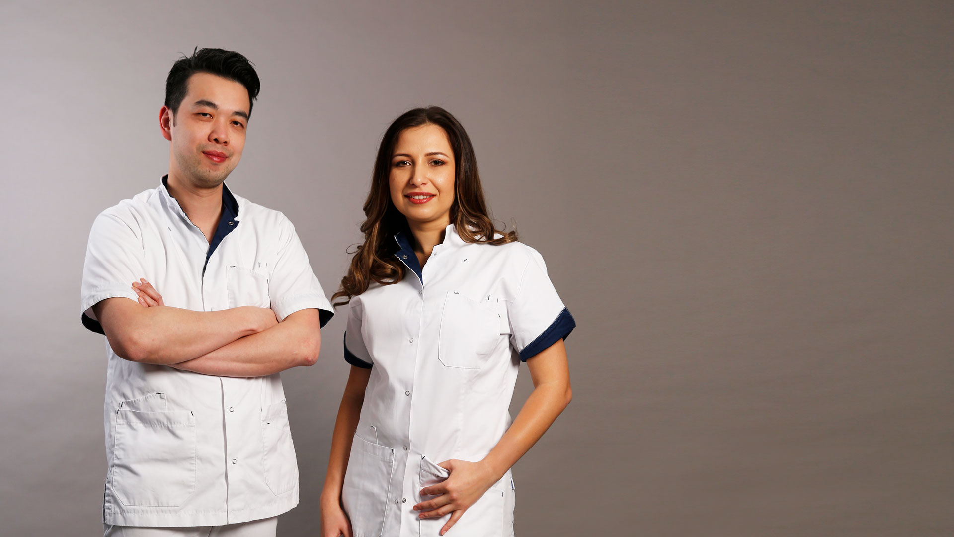 médecins Dr. Wing Yuen et les Dr. Stefania Stana